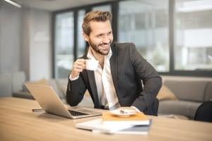 sale-and-lease-back-anbieter DR.UM Consulting - Seit mehr als 25 Jahren